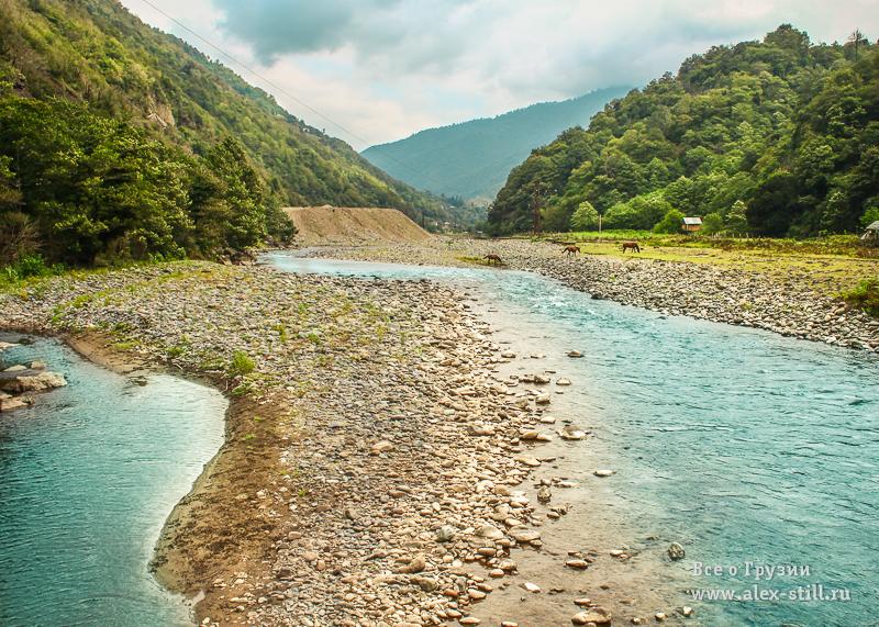 По территории нацпарк протекают несколько рек