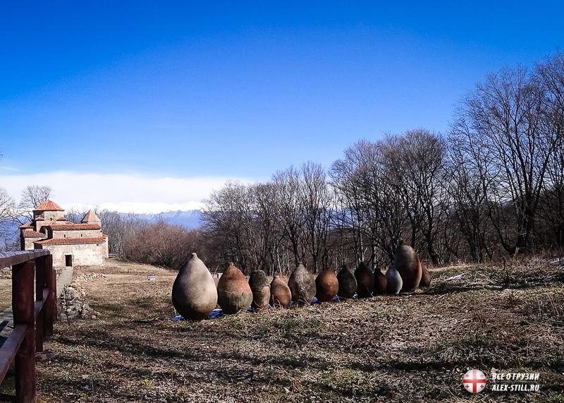 Старая Шуамта стоит на холме